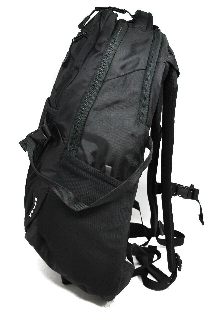 The North Recon Backpack TNF New Tags