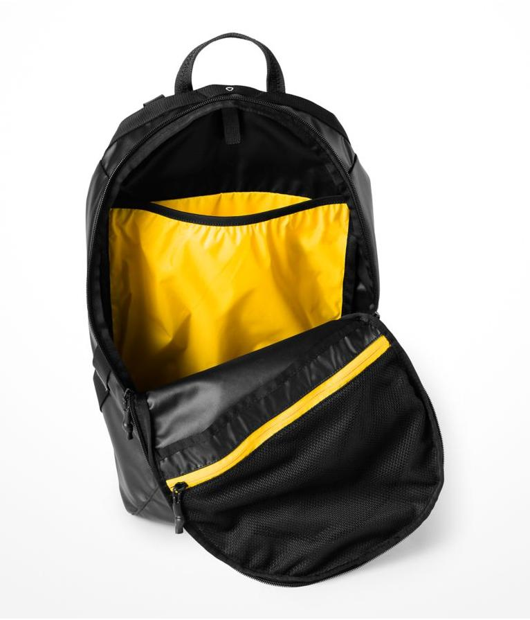 The Rocket Backpack TNF Black Canary